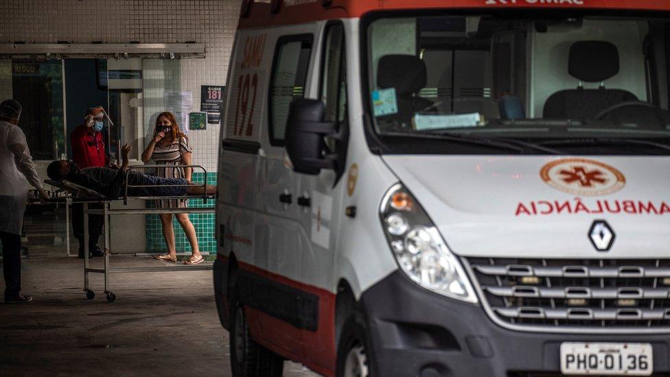 Ambulancia en Manaos.