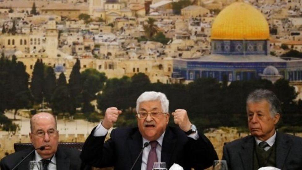 """الرئيس الفلسطيني محمود عباس وصف الصفقة بأنها """"صفعة القرن"""""""
