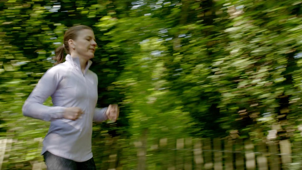 Valerie corriendo