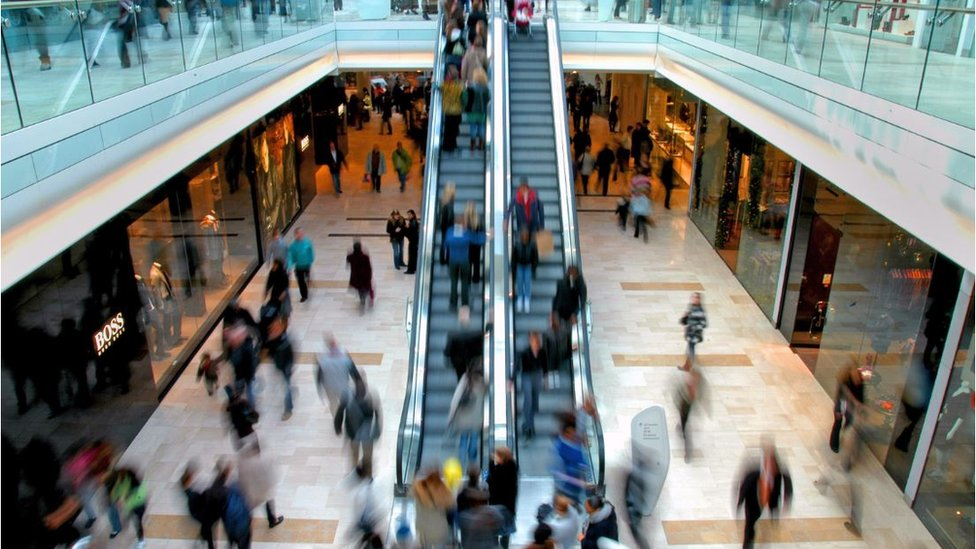 More than 200 UK shopping centres 'in crisis'