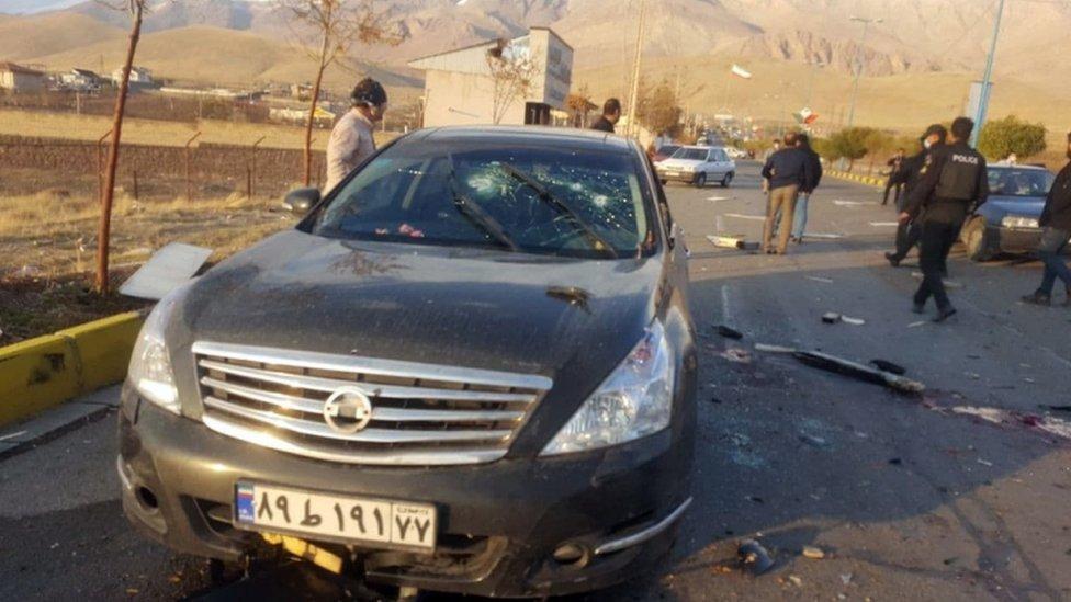 El auto en el que asesinaron a Mohsen Fakhrizadeh en noviembre de 2020.
