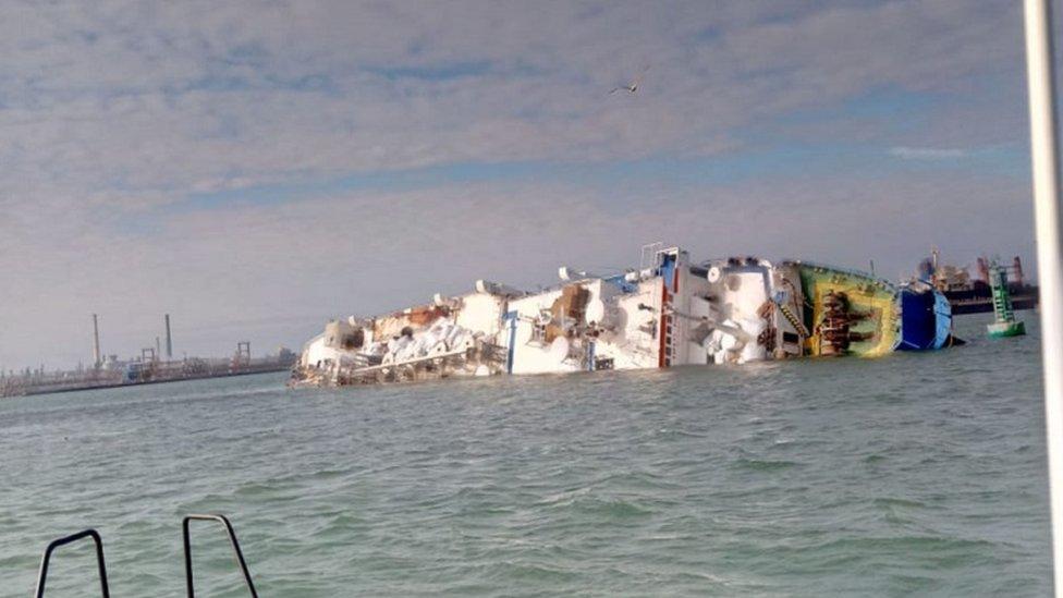 Brod se prevrnuo u Rumuniji