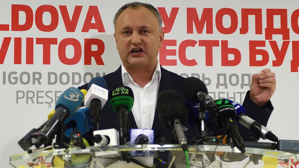 Moldova's presidential candidate Igor Dodon at a press conference at the end of voting in Chisinau, 13 November 2016