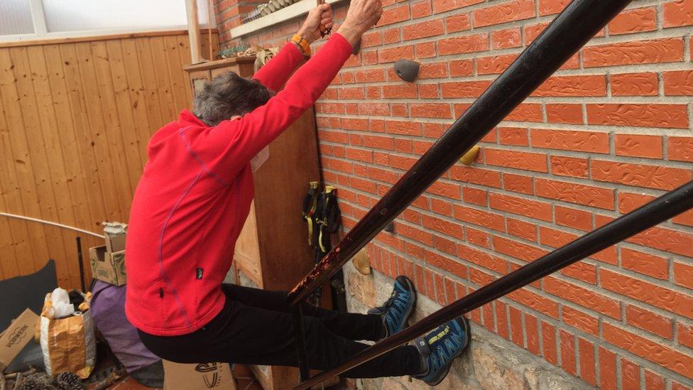 Image shows Carlos Soria training at home