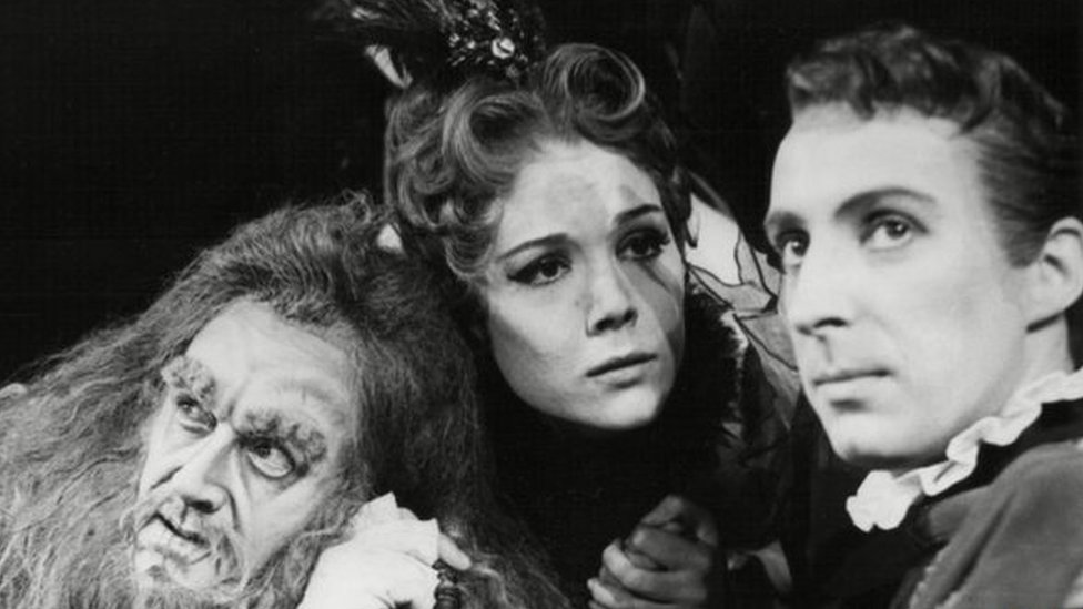 Derek Smith, Diana Rigg and Ian Richardson in A Comedy Of Errors