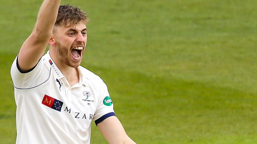 County Championship: Yorkshire beat Hampshire by an innings & 44 runs