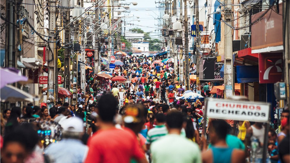 Rua de comércio em São Luís (MA)