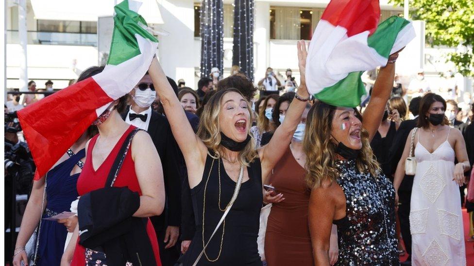 مشجعو إيطاليا