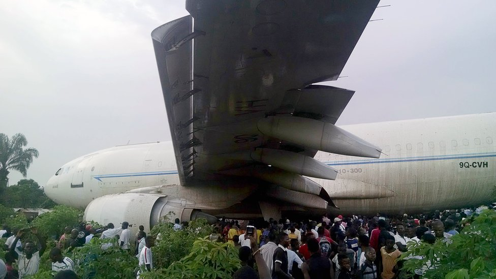 Un avión en la República Democrática del Congo que se salió de la pista.