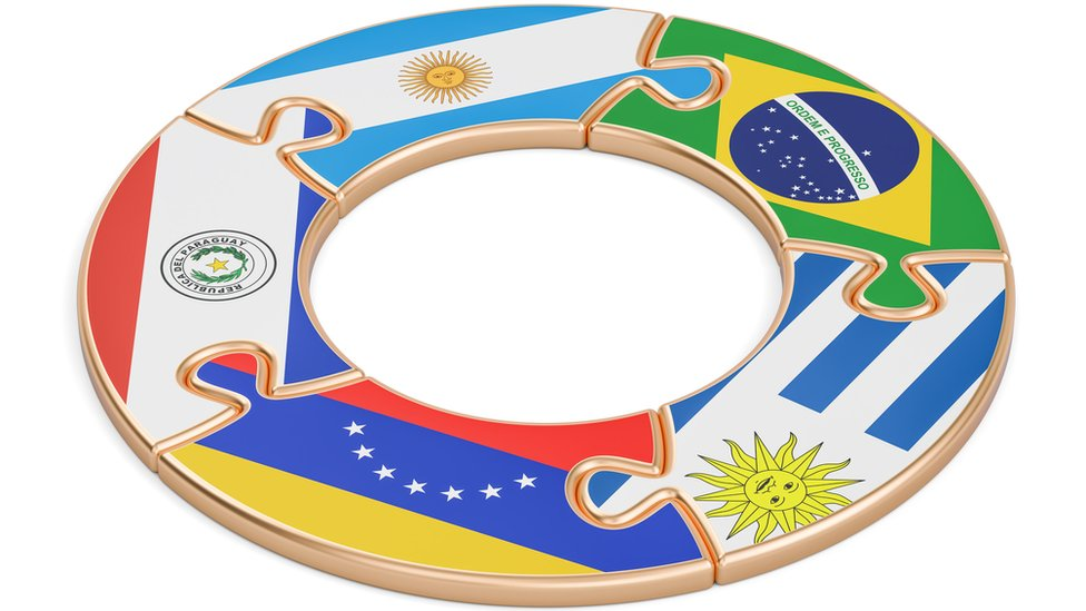 Banderas de los países de Mercosur.