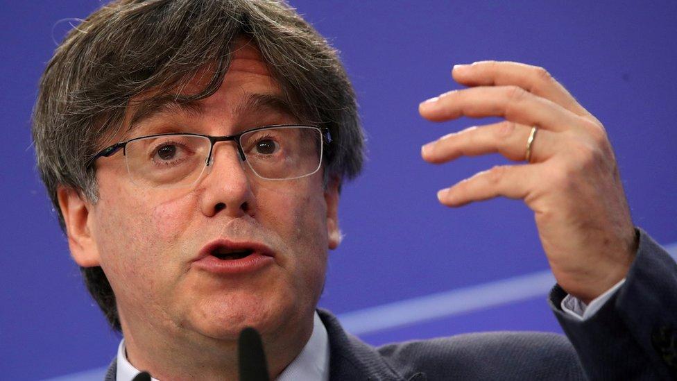 В Италии задержан лидер сепаратистов Каталонии Карлес Пучдемон. Его экстрадиции требует Испания