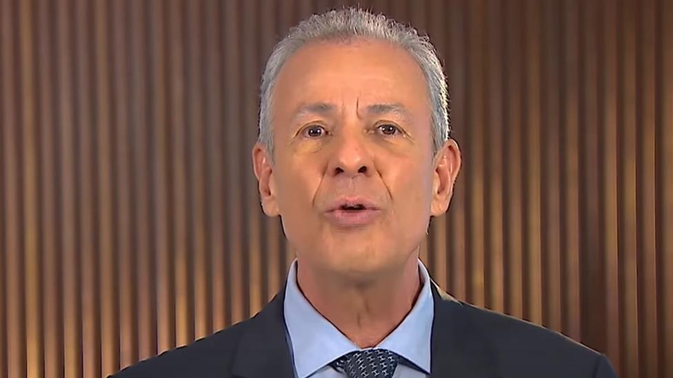 Ministro Bento Albuquerque fala em pronunciamento veiculado pela TV