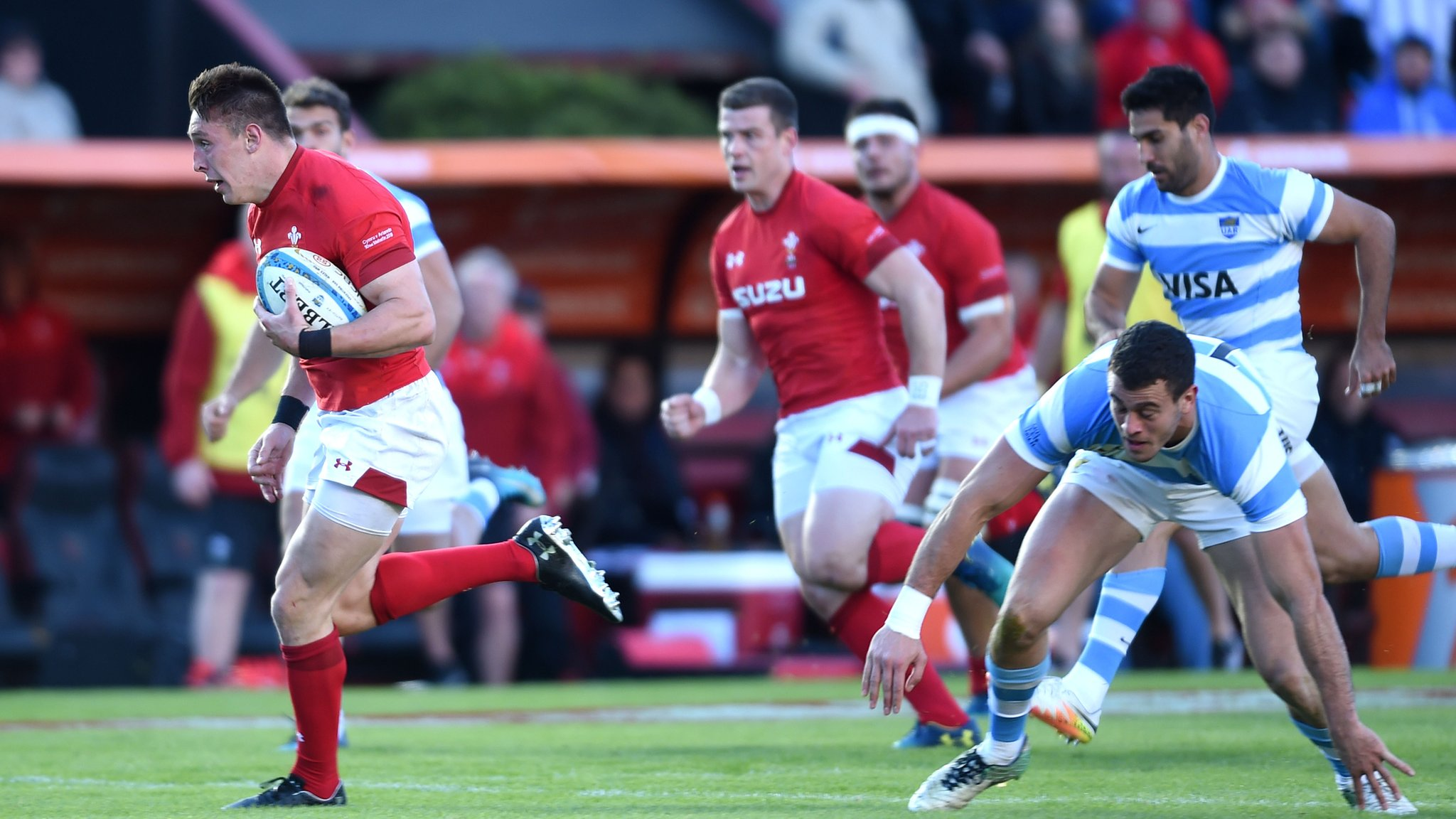Wales finish summer unbeaten after 30-12 win over Argentina