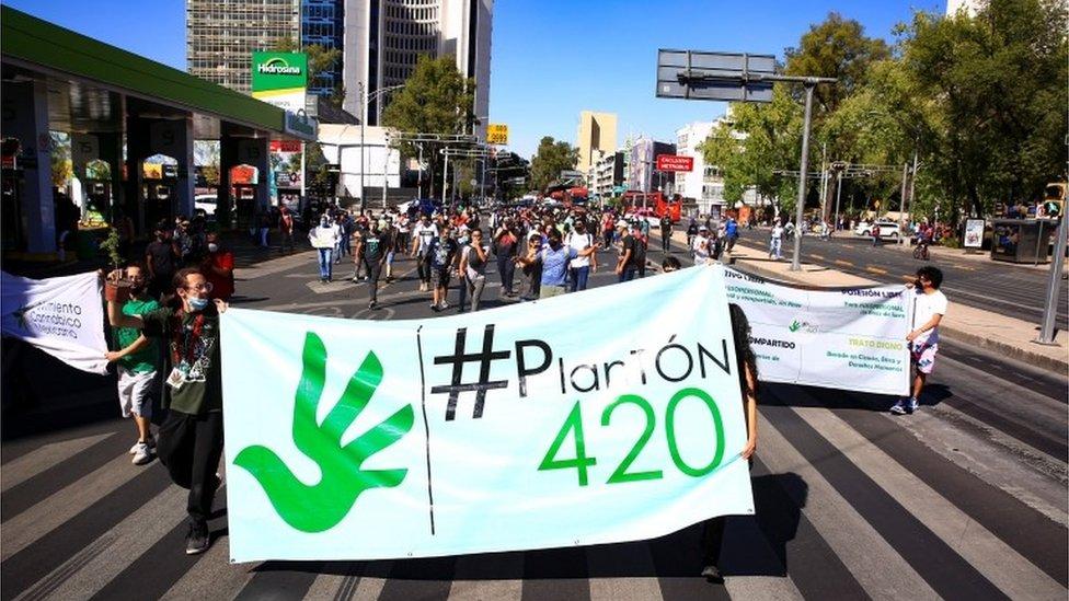 Una marcha a favor de la marihuana legal