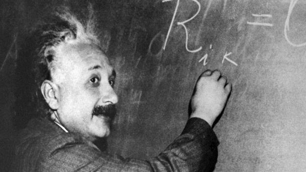 """""""Einstein estaba interesado en los secretos más profundos de la interacción entre la luz electromagnética y la materia, no tenía ningún interés en las aplicaciones prácticas""""."""