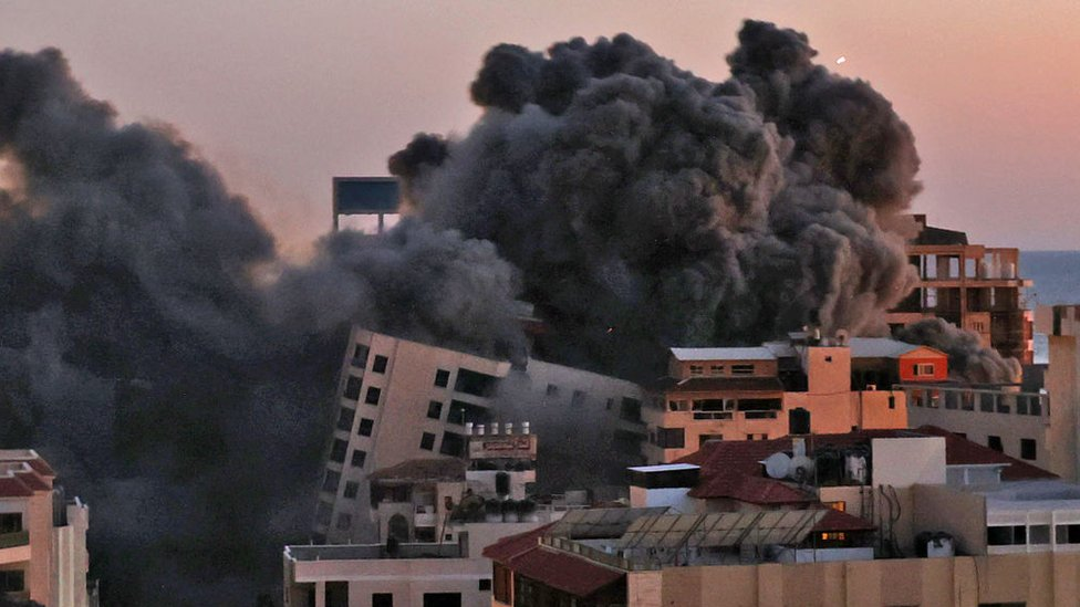 Сотни ракет и авиаудары: конфликт Израиля и ХАМАС разгорается с новой силой