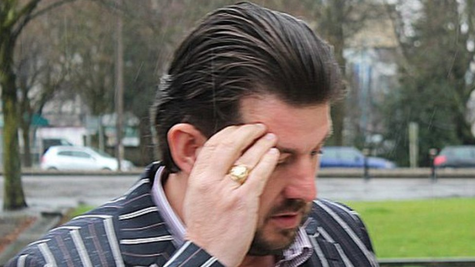 Rogue builder Ronnie Connors jailed over £28,000 fraud