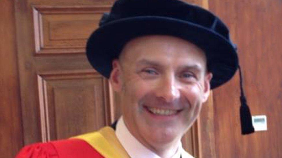 Dr Andrew Platten
