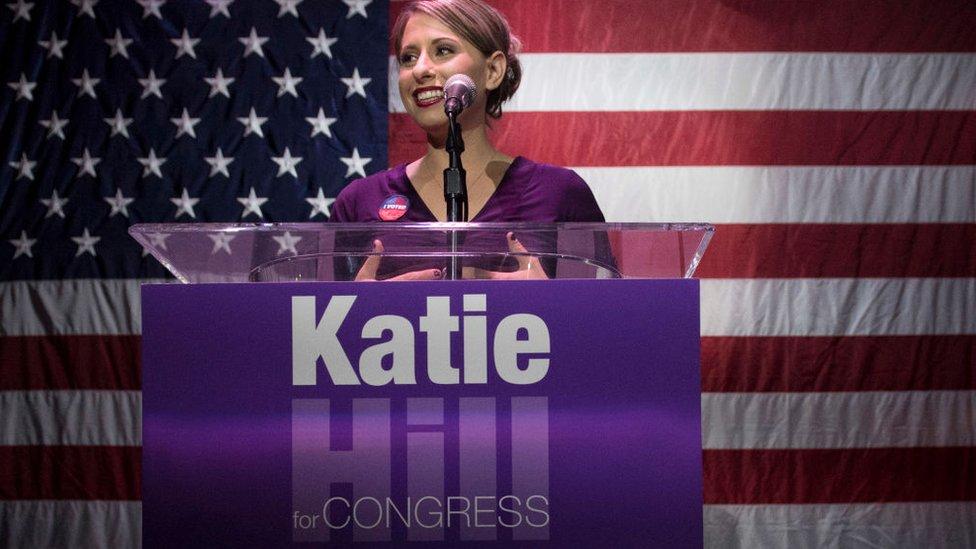 Katie Hill durante su campaña al Congreso en 2018.