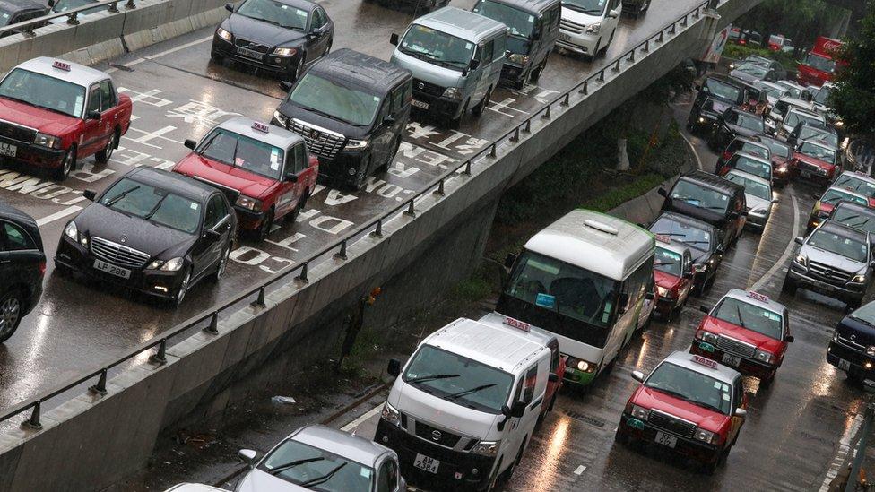香港夏慤道交通擁擠(資料圖片)
