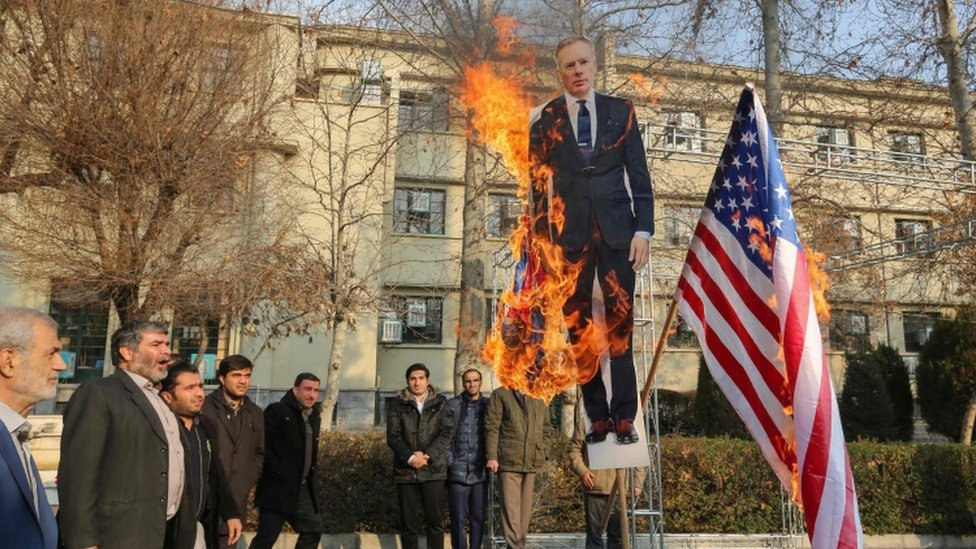"""Cut-out of Britain""""s ambassador to Iran Rob Macaire being bured in Tehran, 14 Jan"""