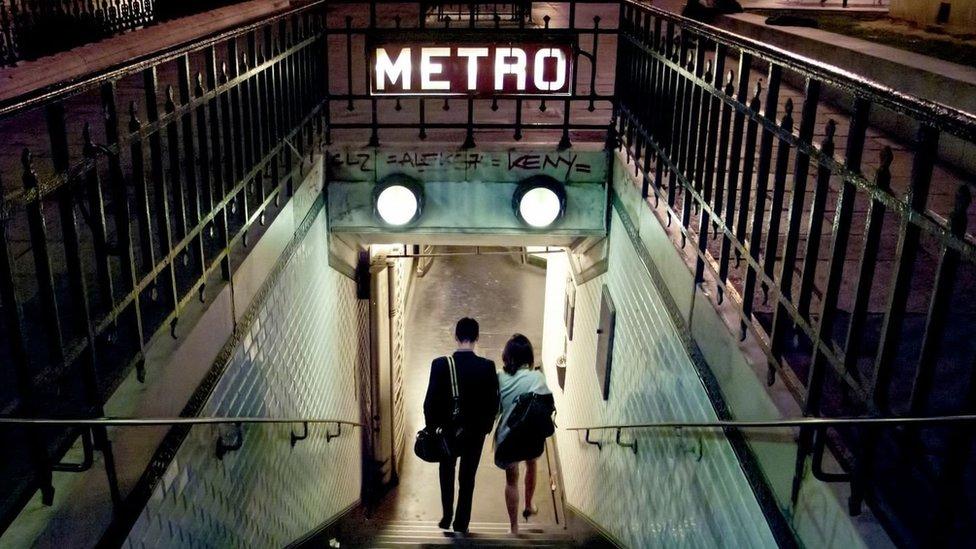 Metro de París.