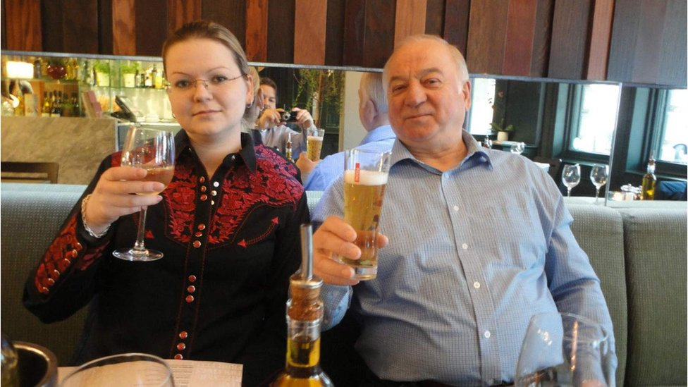 Yulia and Sergei Skripal raise their glasses in a pub