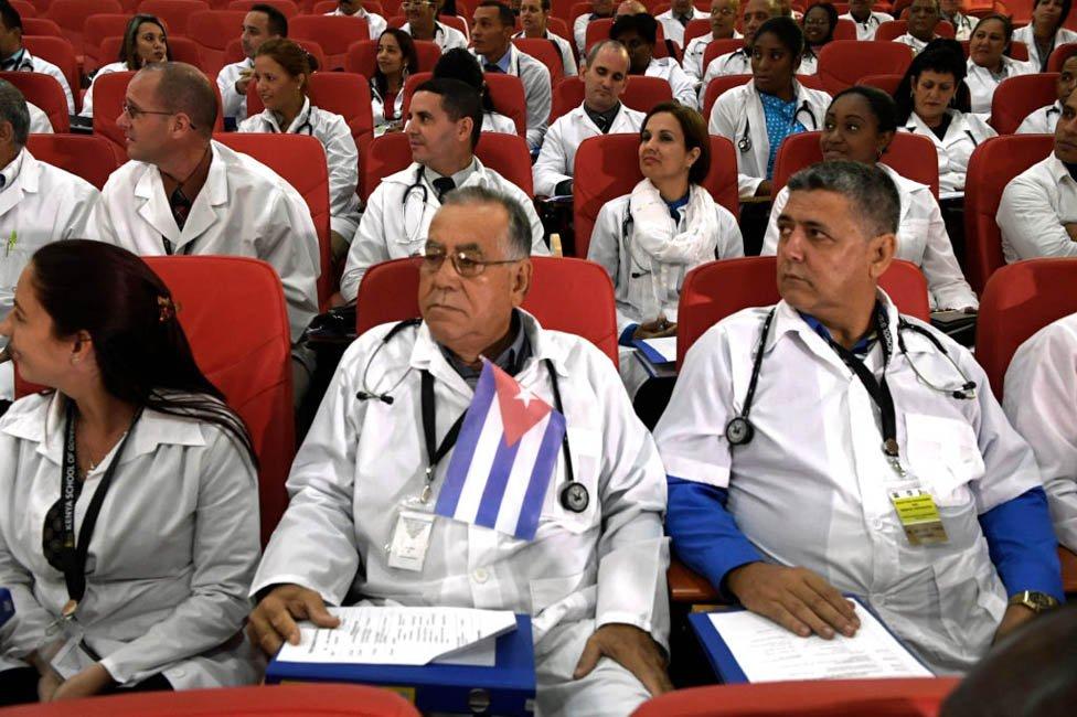 Médicos cubanos en Kenia
