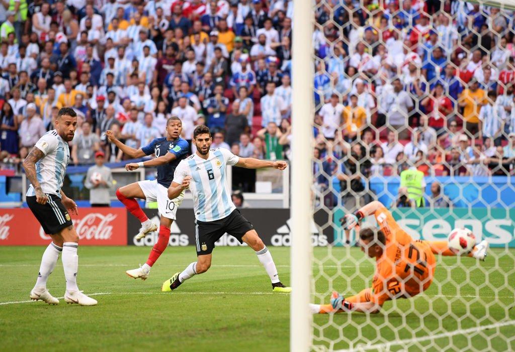 Francia y Mbappé se destaparon ante Argentina.