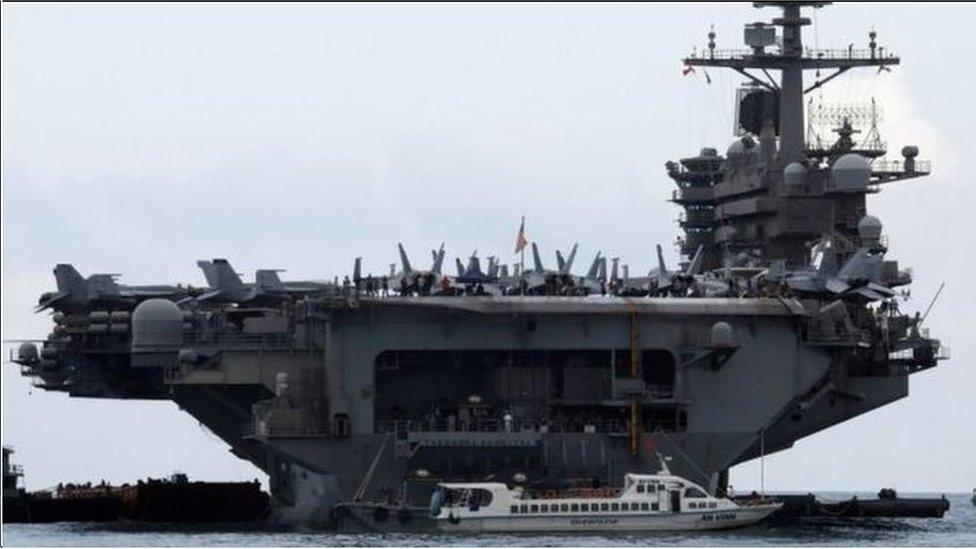 """美國評論員說,雖然不清楚具體技術細節,但中國擁有被稱為""""航母殺手""""導彈的事實本身就足以讓美國航母遠離中國海岸(美國羅斯福號航母)"""