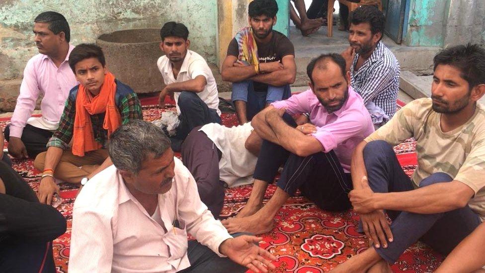 अलीगढ़ से ग्राउंड रिपोर्ट: बच्ची की हत्या से सदमे में टप्पल