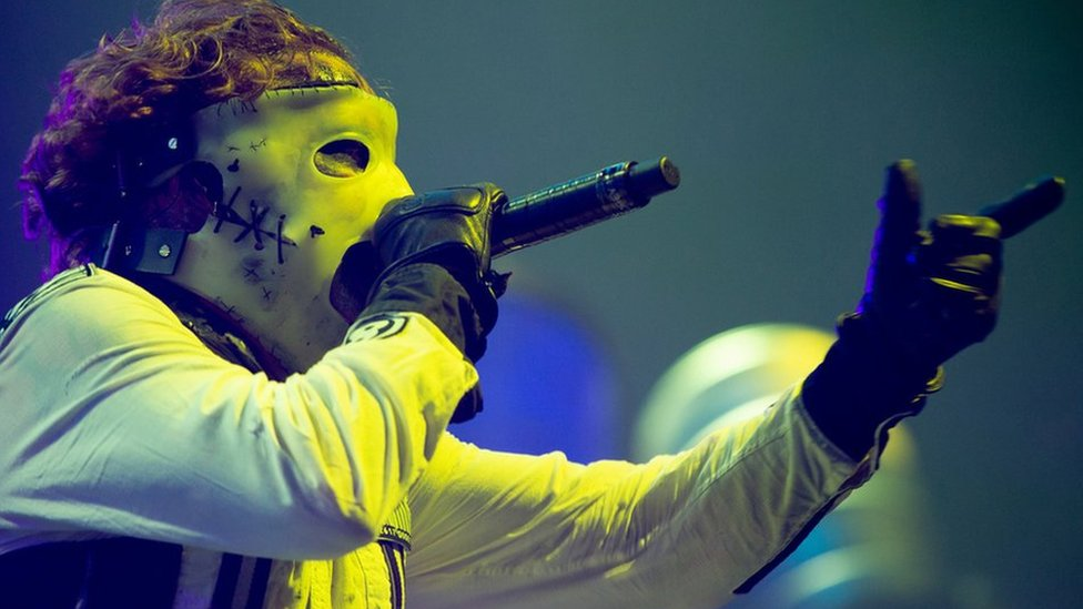 BBC News - Ban on spiked collars at Slipknot gig in Glasgow 'ridiculous'