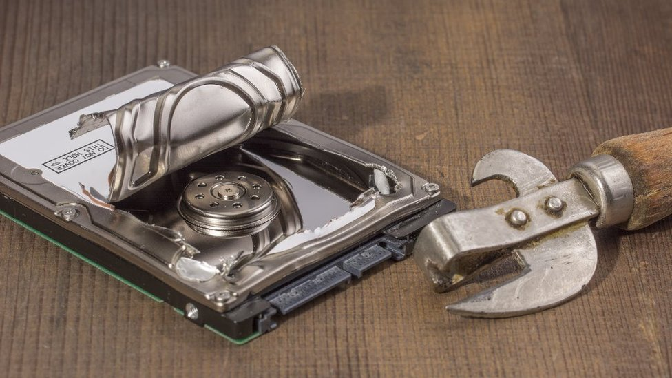 Can opener hard disk