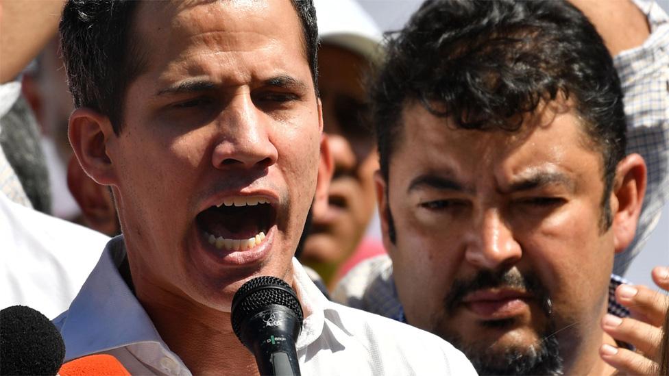 Juan Guaidó acompañado de Roberto Marrero (Foto de archivo)