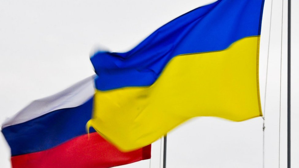 Україна запровадила санкції проти російських компаній, бізнесменів та політиків