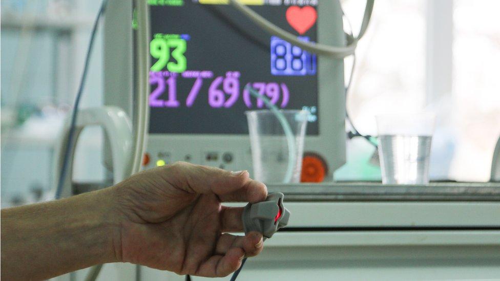 Коронавирус в России: зафиксирован новый рекорд смертности