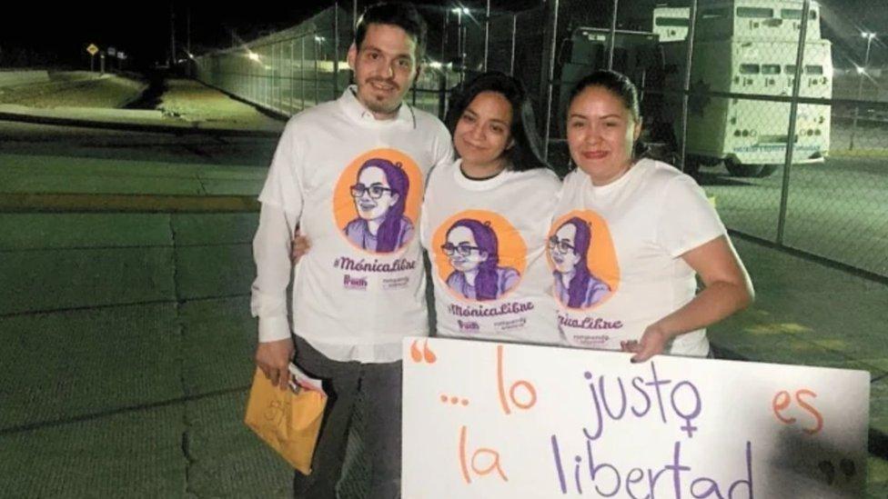 Mónica Esparza el día de su liberación.