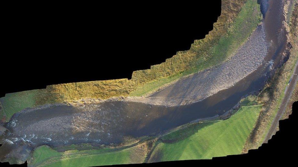 River Irwell, 6 January 2016 (Image: Neil Entwistle)