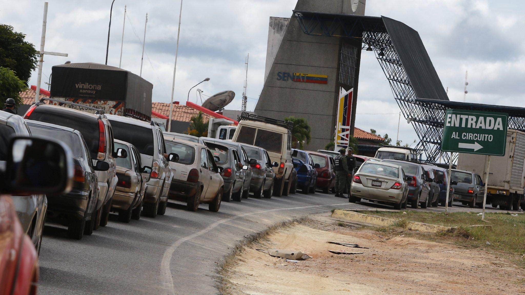 Venezuela crisis: Maduro closing border with Brazil