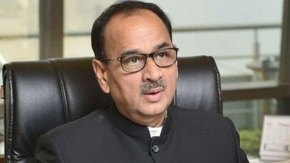 आलोक वर्मा ने कहा, झूठे आरोपों के आधार पर सीबीआई से हटाया: आज की पाँच बड़ी ख़बरें