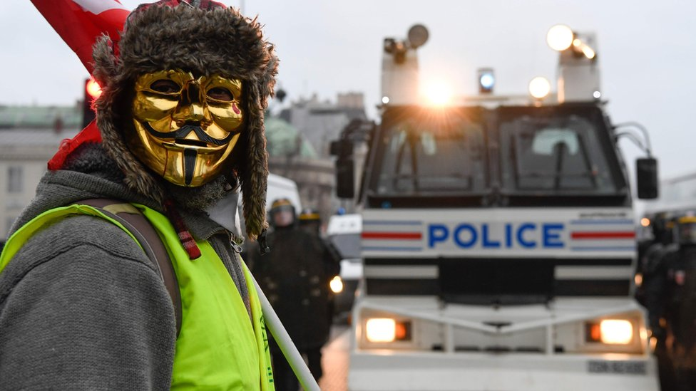 تستمر المظاهرات المناهضة للحكومة في فرنسا منذ سبعة أسابيع