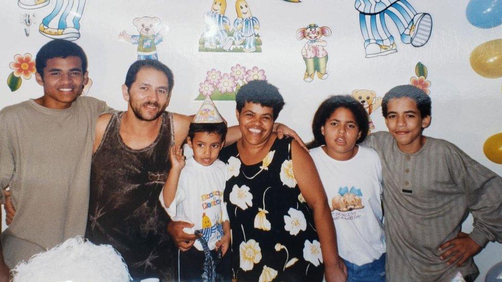 Igor e família