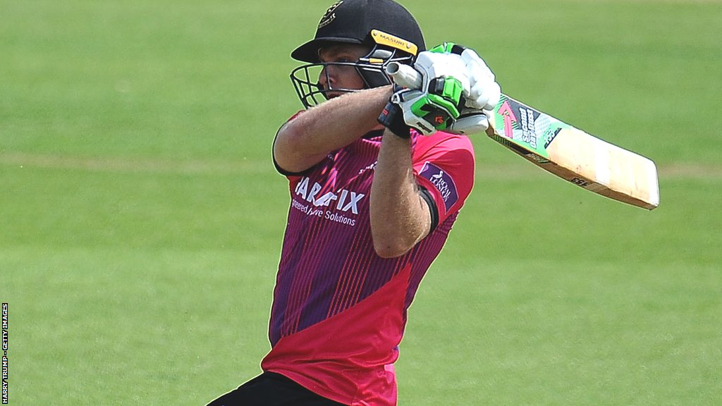 One-Day Cup: Luke Wright's century helps Sussex beat Somerset at Taunton