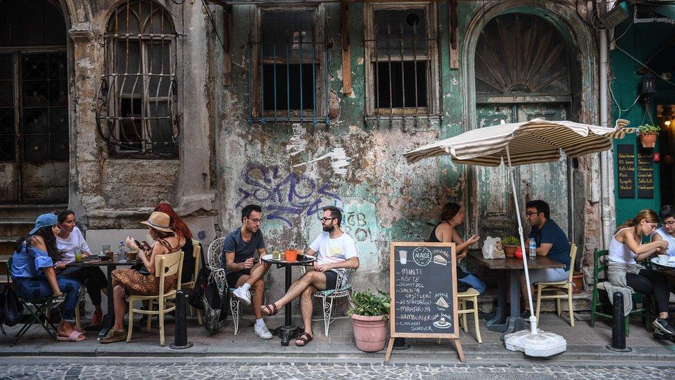 Instanbul'da bir kafe