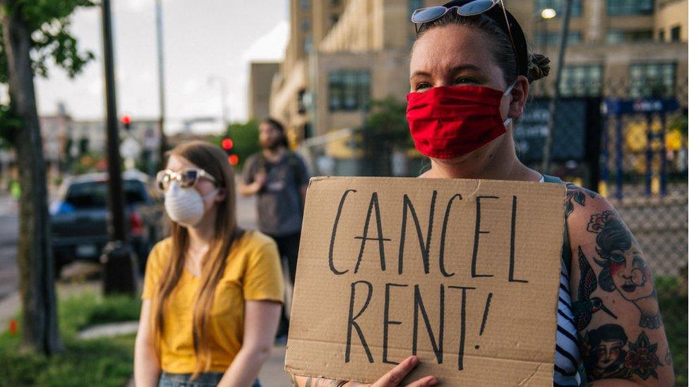 Manifestantes en Mineápolis