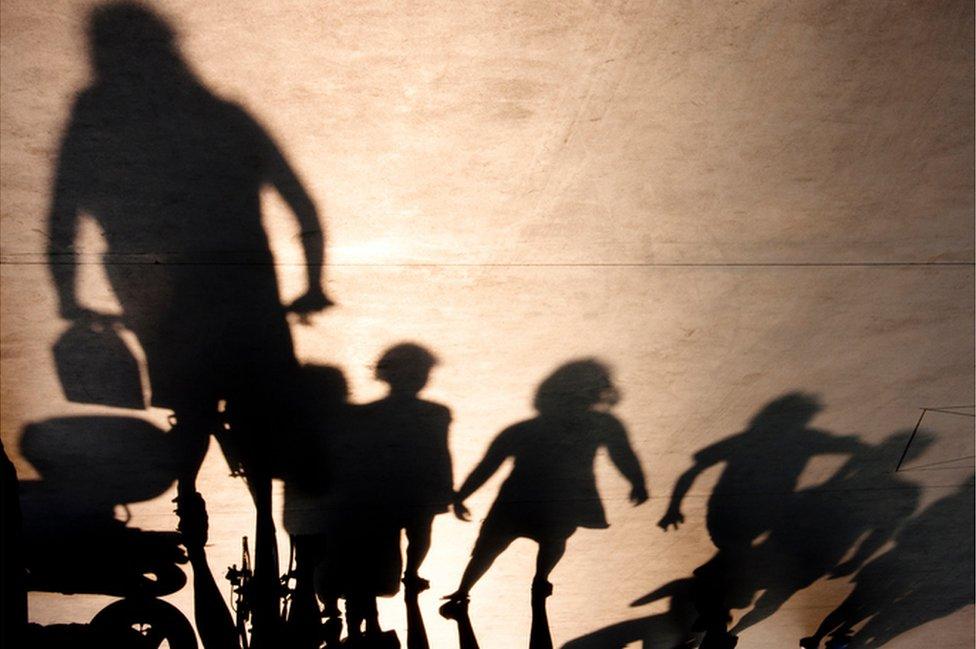 Los Shadow Hunters son grupos ciudadanos que actúan en diferentes partes del mundo.