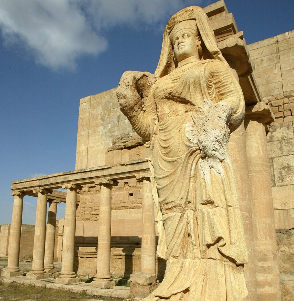 """File photo taken in 2003 showing the statue of """"The Lady of Hatra"""" at the ancient city of Hatra, Iraq"""