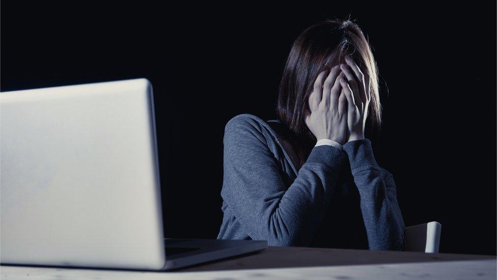 Es posible que este caso sea solo la punta del iceberg sobre el ciberacoso online, sobre todo hacia las mujeres.