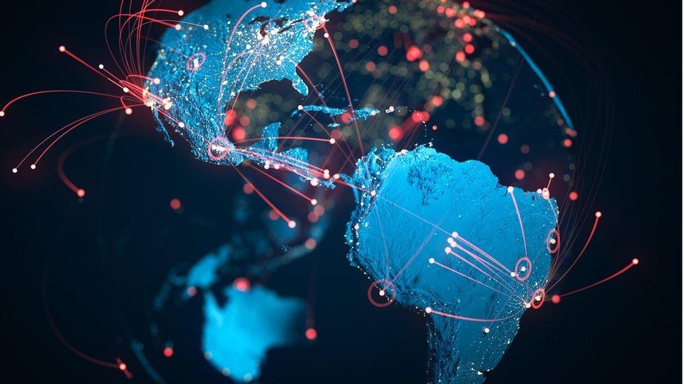 Covid-19: 'Pandemia no Brasil começou com três linhagens do coronavírus', diz pesquisador de Oxford