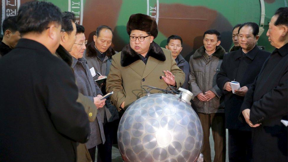 Kim Jong-un en una instalación nuclear